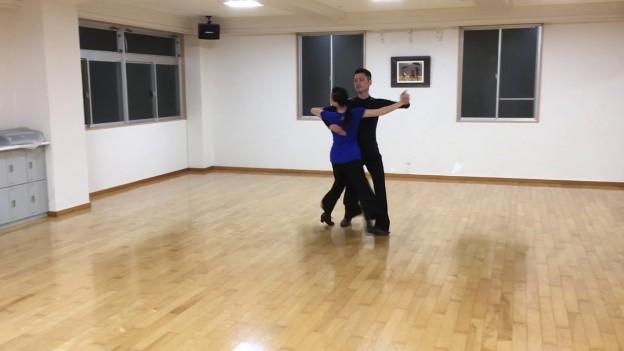 火曜日8時  Tango